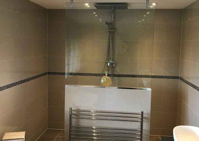 Bathroom 14   6