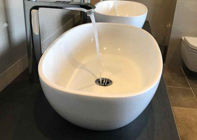 Bathroom 14   16
